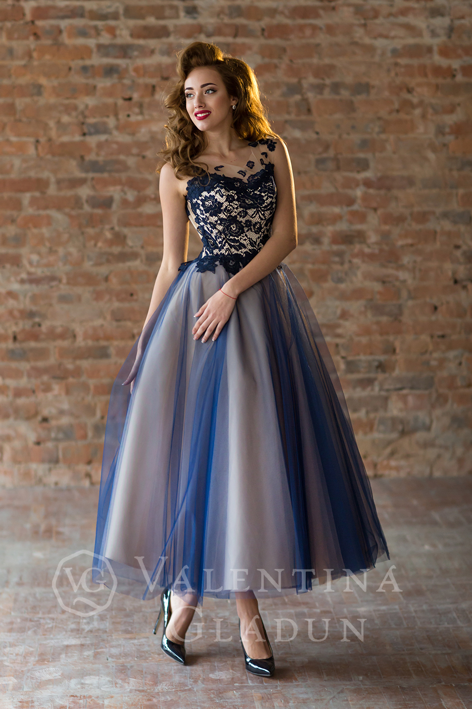 Купить коктейльное вечернее платье миди на выпускной Mirtle  цена ... 5b281022dbaf2