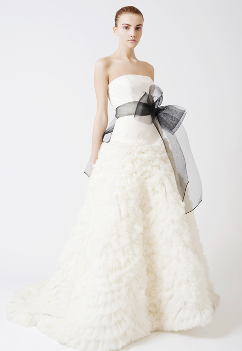 5d5cccca2a9 Свадебные платья с поясом в салоне валентины Гладун. Купить ...